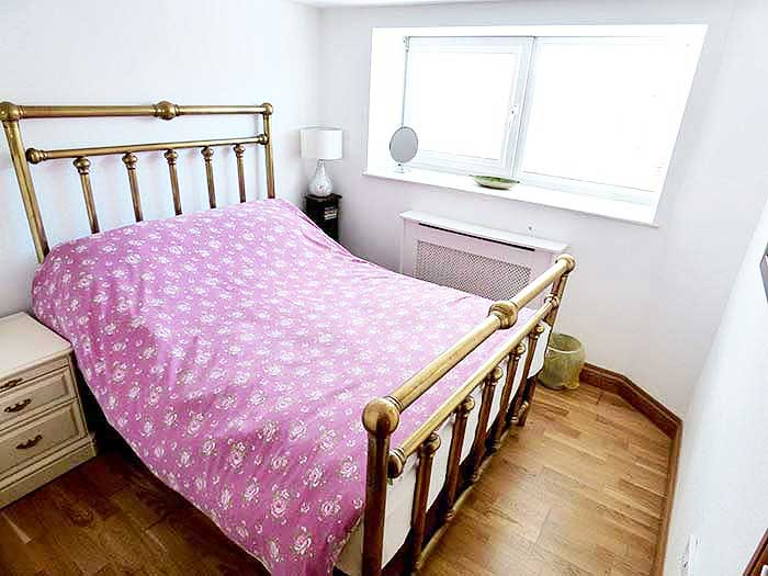 Hideaway apartment whitby sleeps 3 The master bedroom whitby