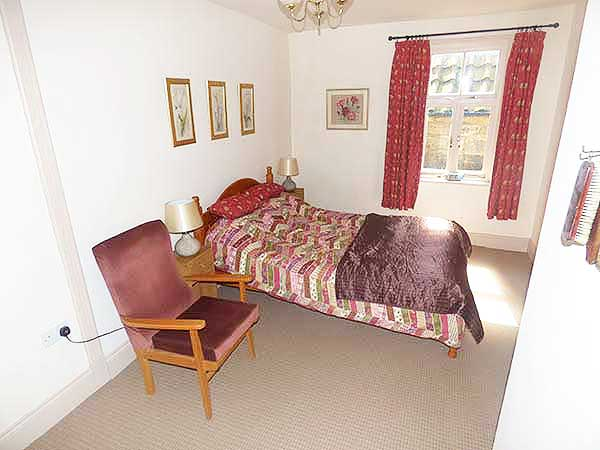 Church street whitby holiday cottage sleeps 4 The master bedroom whitby