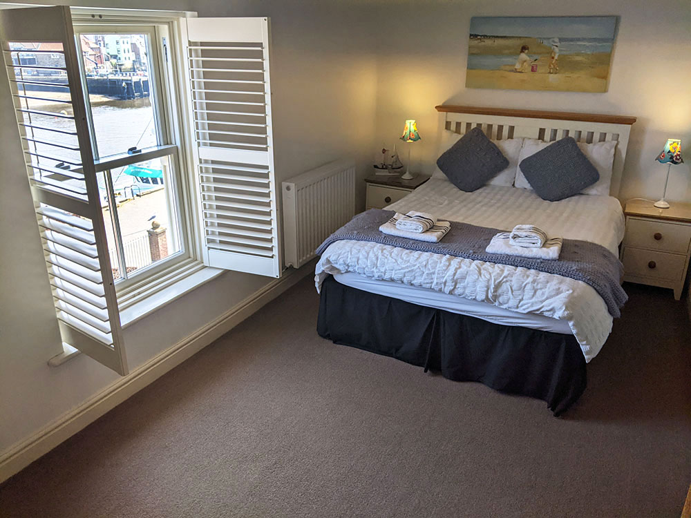 Mater bed room with sea views